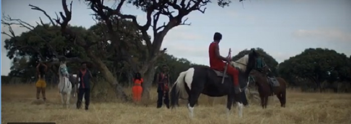 """WATCH: """"Samurai"""" Enzo Ishall Fights Off Assailants In Latest Video"""